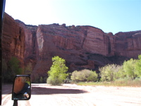 Driving through Canyon de Chelly