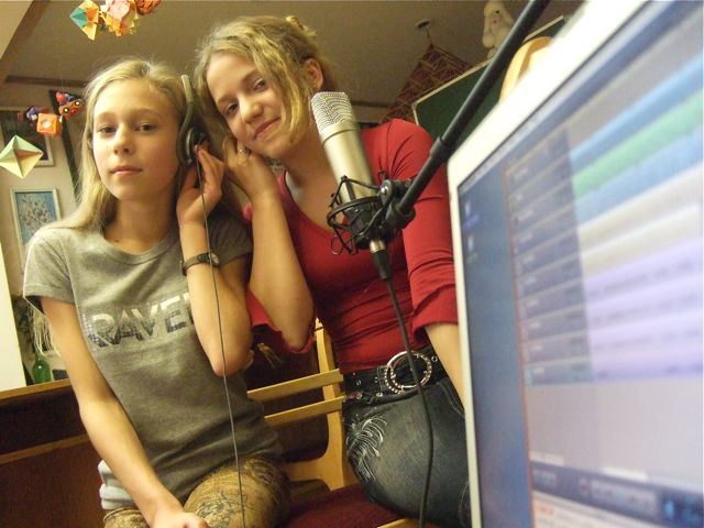 Ksyusha and Nastya recording
